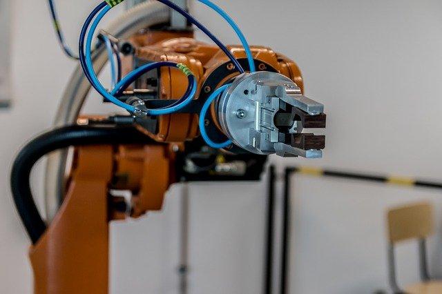 אוטומציה - זרוע רובוטית